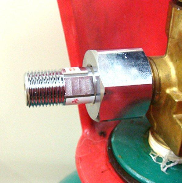 画像1: ガスボンベアダプター (1)